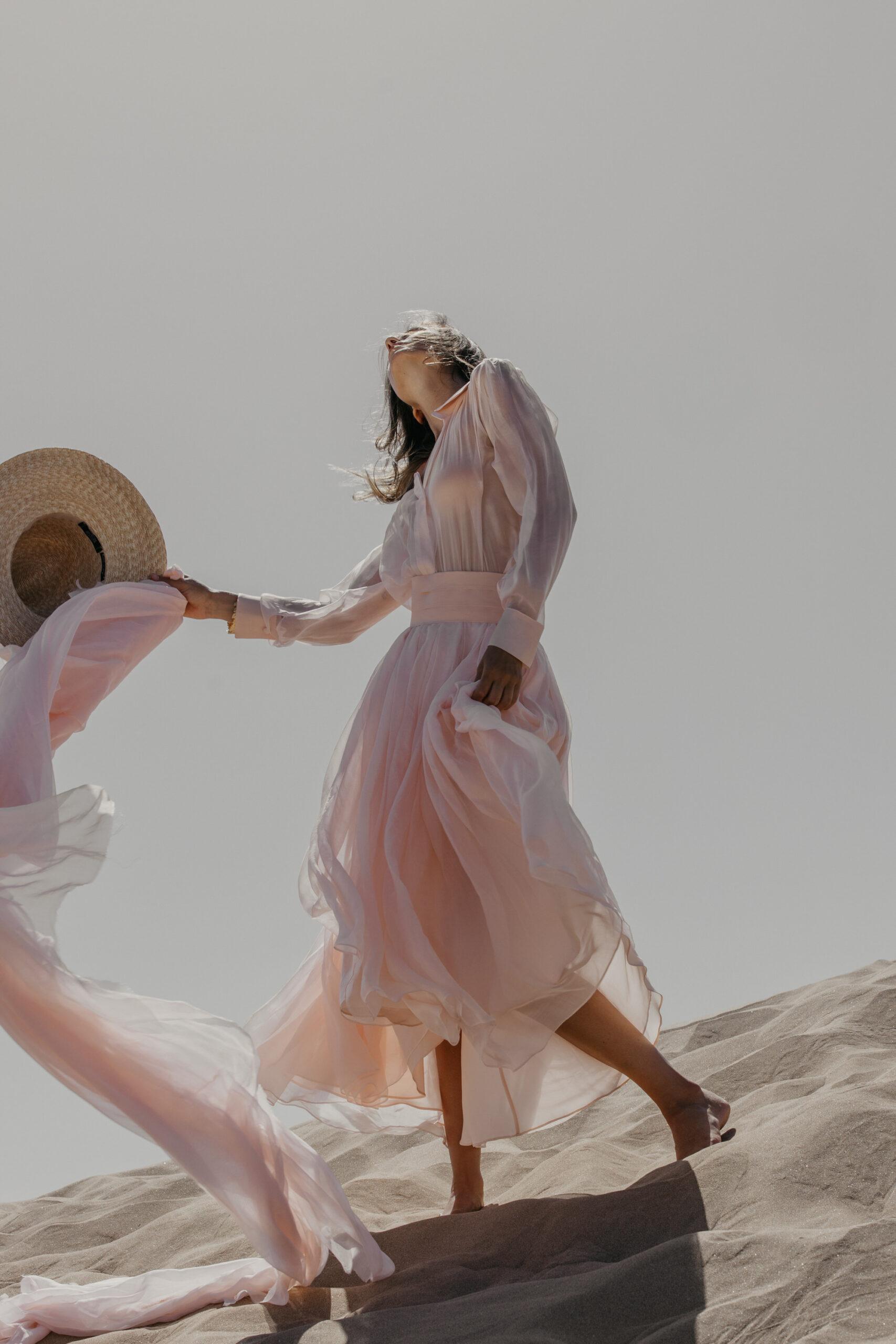 BAIE ROSE - Victoire Vermeulen